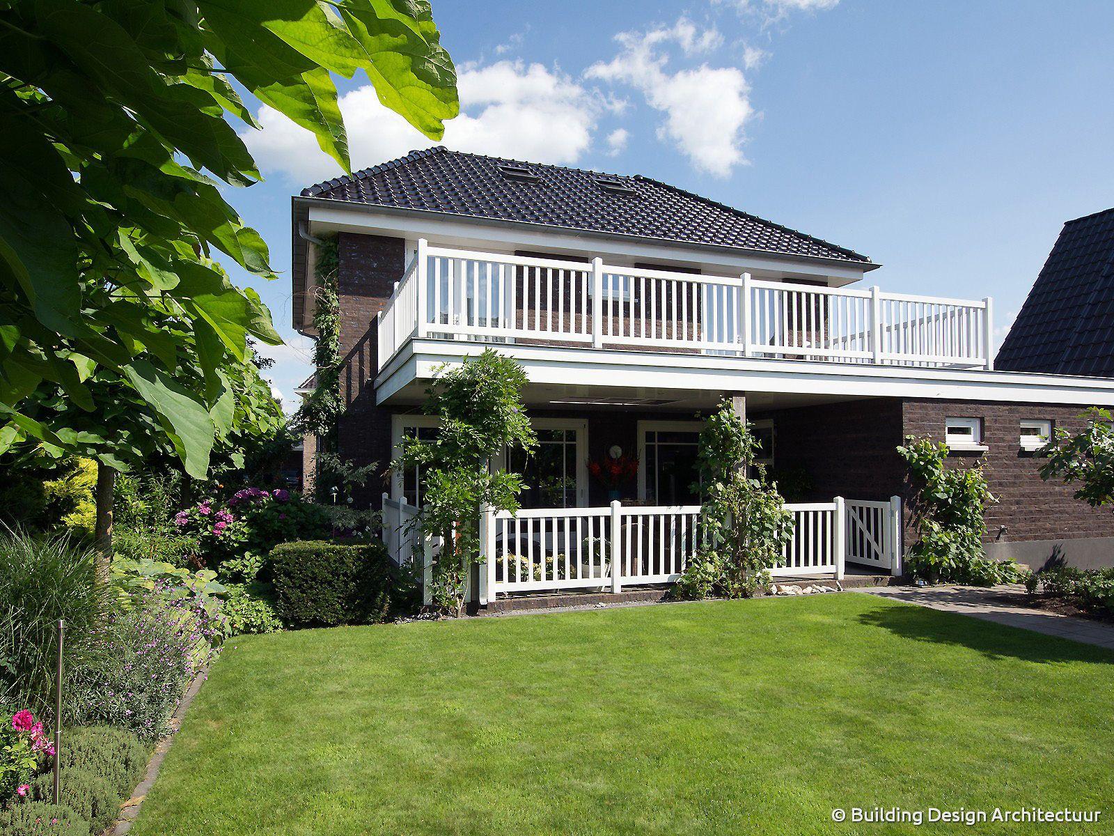 Overdekt terras modern klassieke woning © Building Design ...