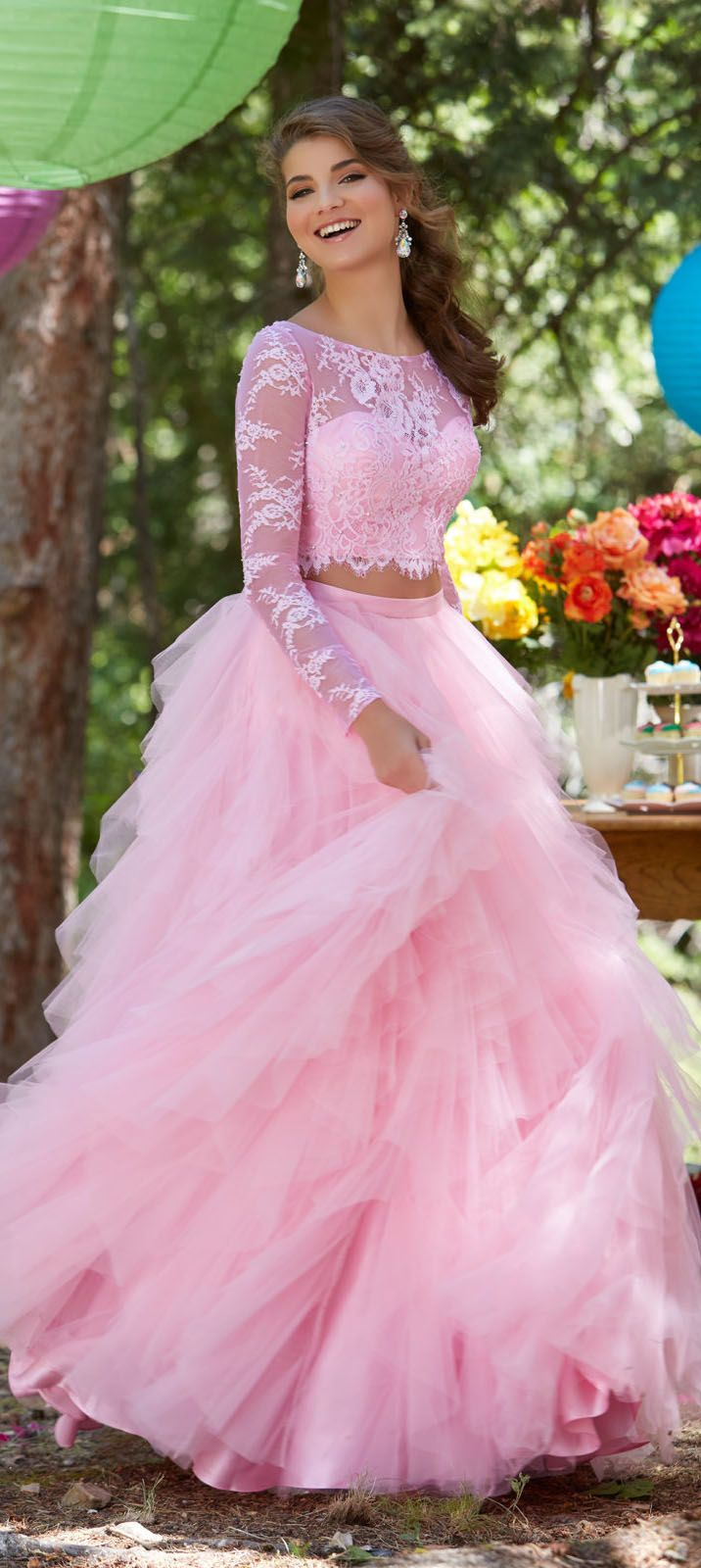 Two piece long sleeves prom dress lace formal gown tulle prom