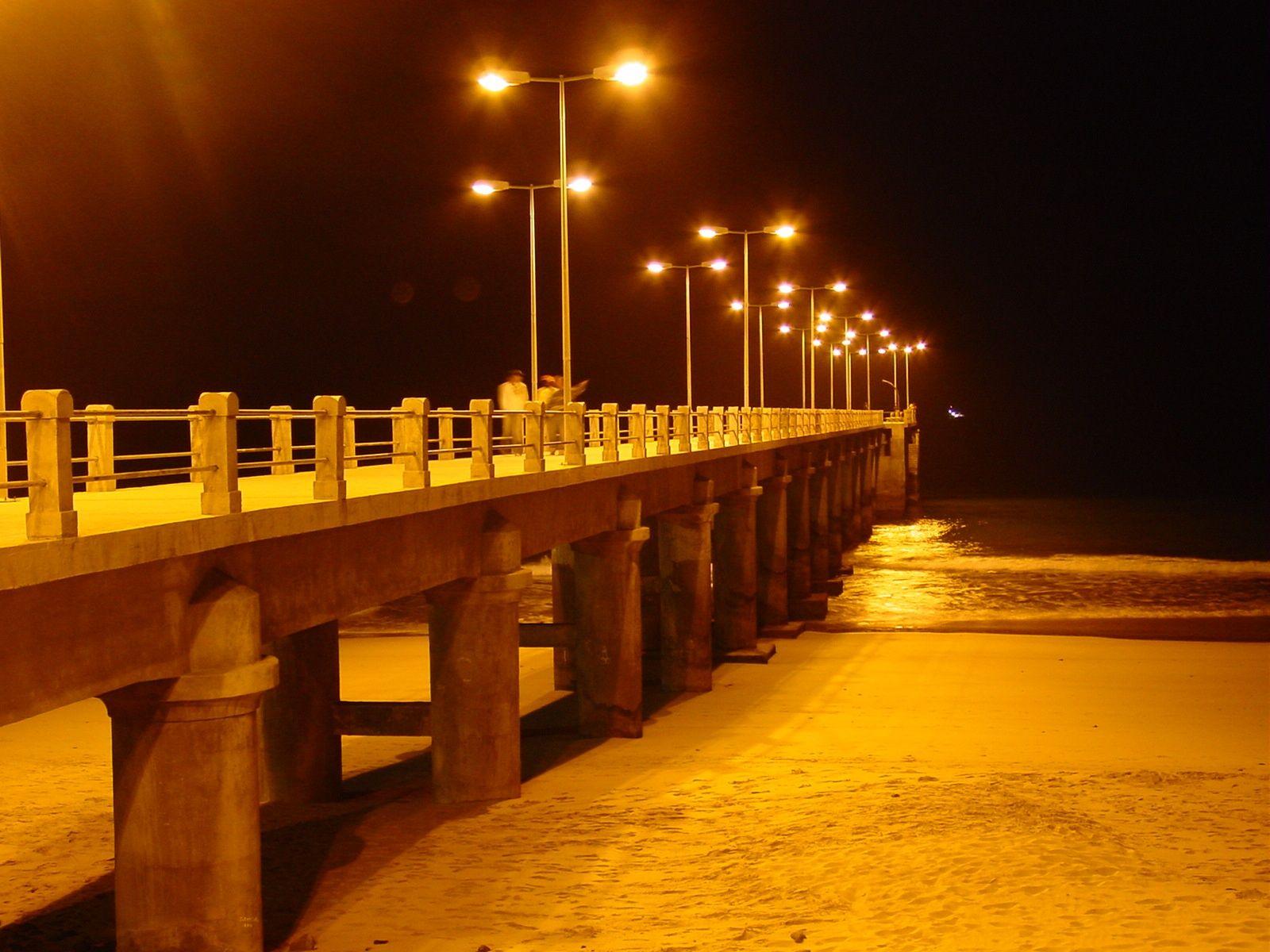 """Atlantische Seebrücken : Vila Baleira, Porto Santo. """"Impressão de noite"""""""