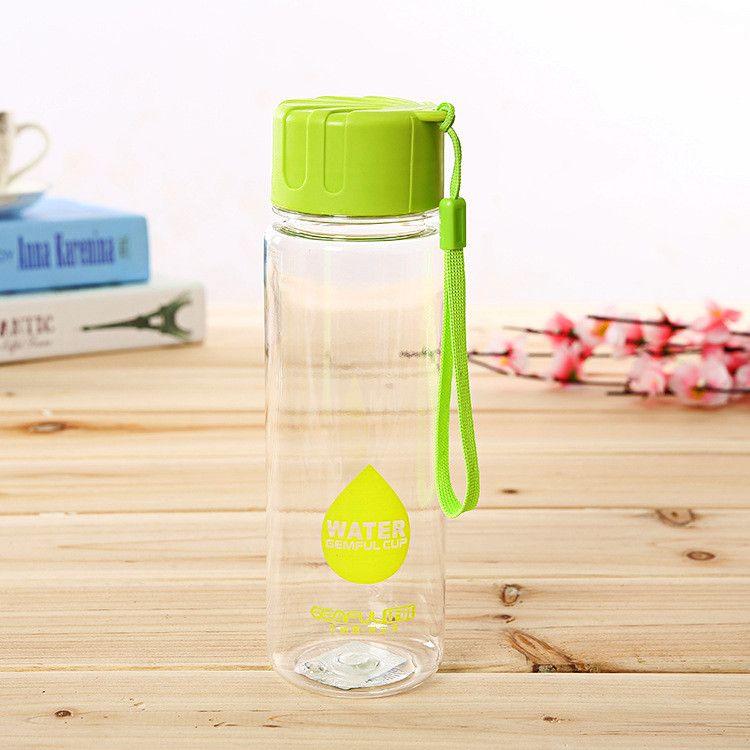 Garrafinha de água ou suco, não vaza!! #alimentosverdes