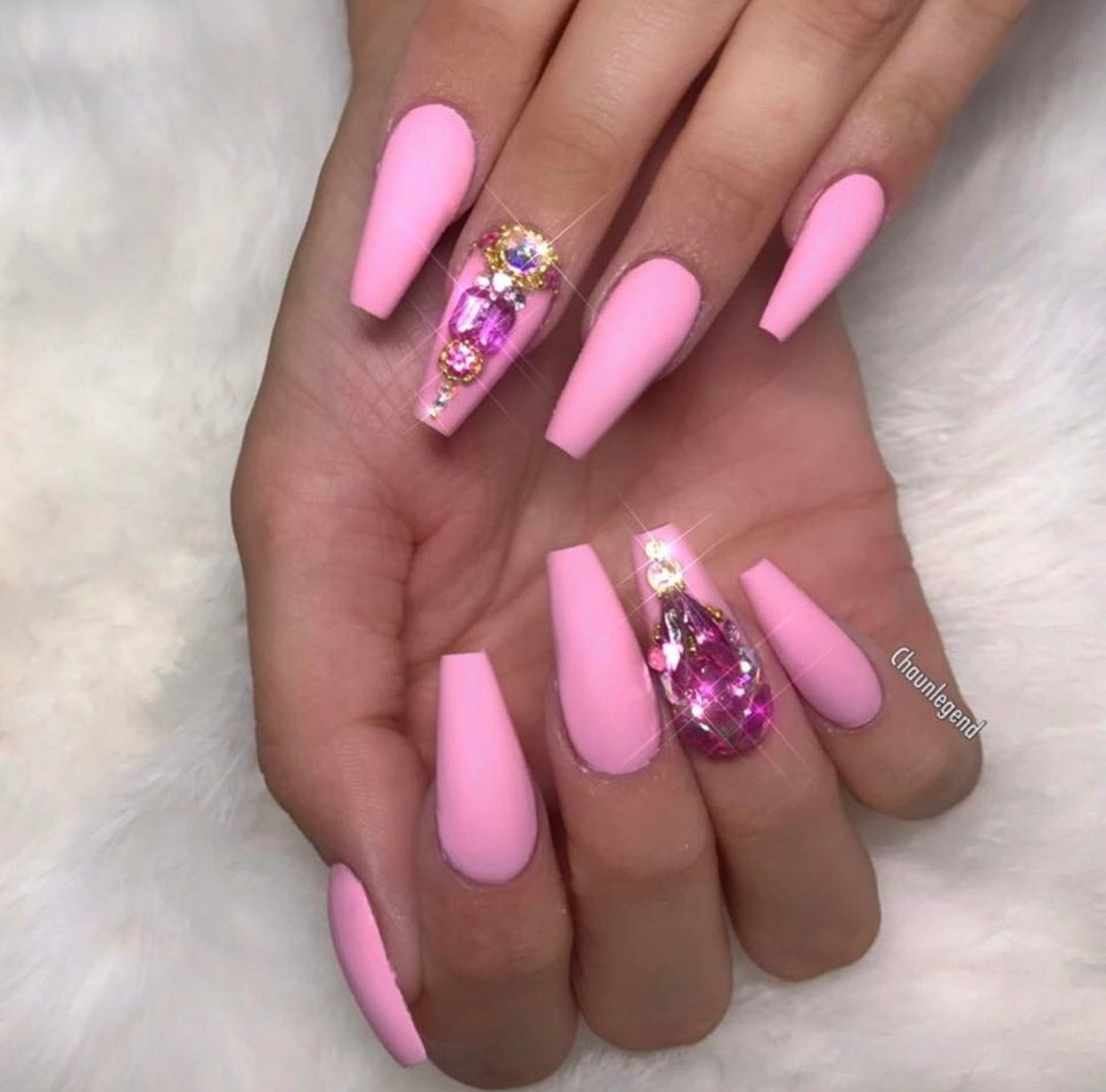 Pink Mate Nails With RhineStones ➡️Hair,Nails, And Style ...
