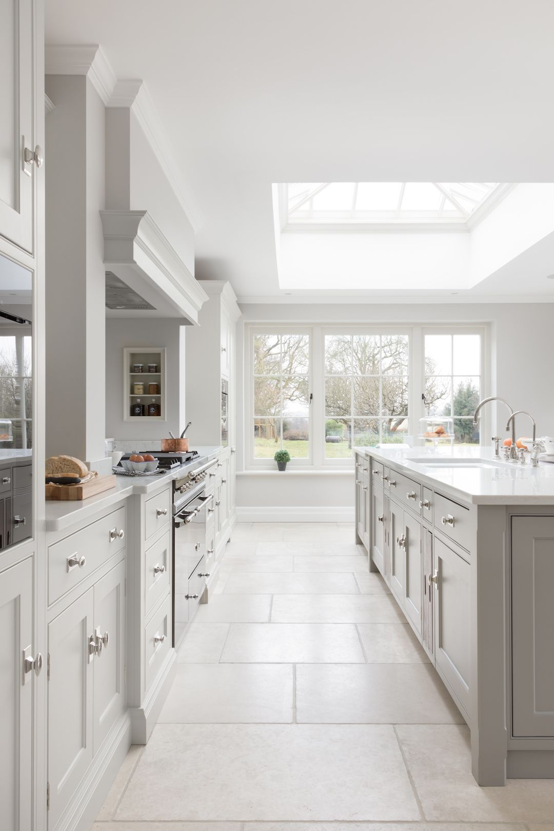 Park Lodge, Suffolk - Humphrey Munson Kitchens | Kitchen Pantry ...