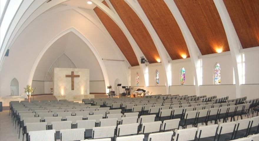 Modern Architecture Church Design st. columba's presbyterian church interior, balshaw & fogarty