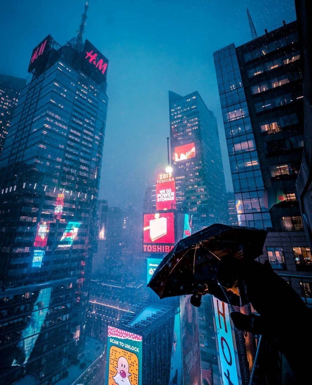 Pin By James Dunphy On Cassie Reach Cyberpunk City Futuristic City Cyberpunk Aesthetic