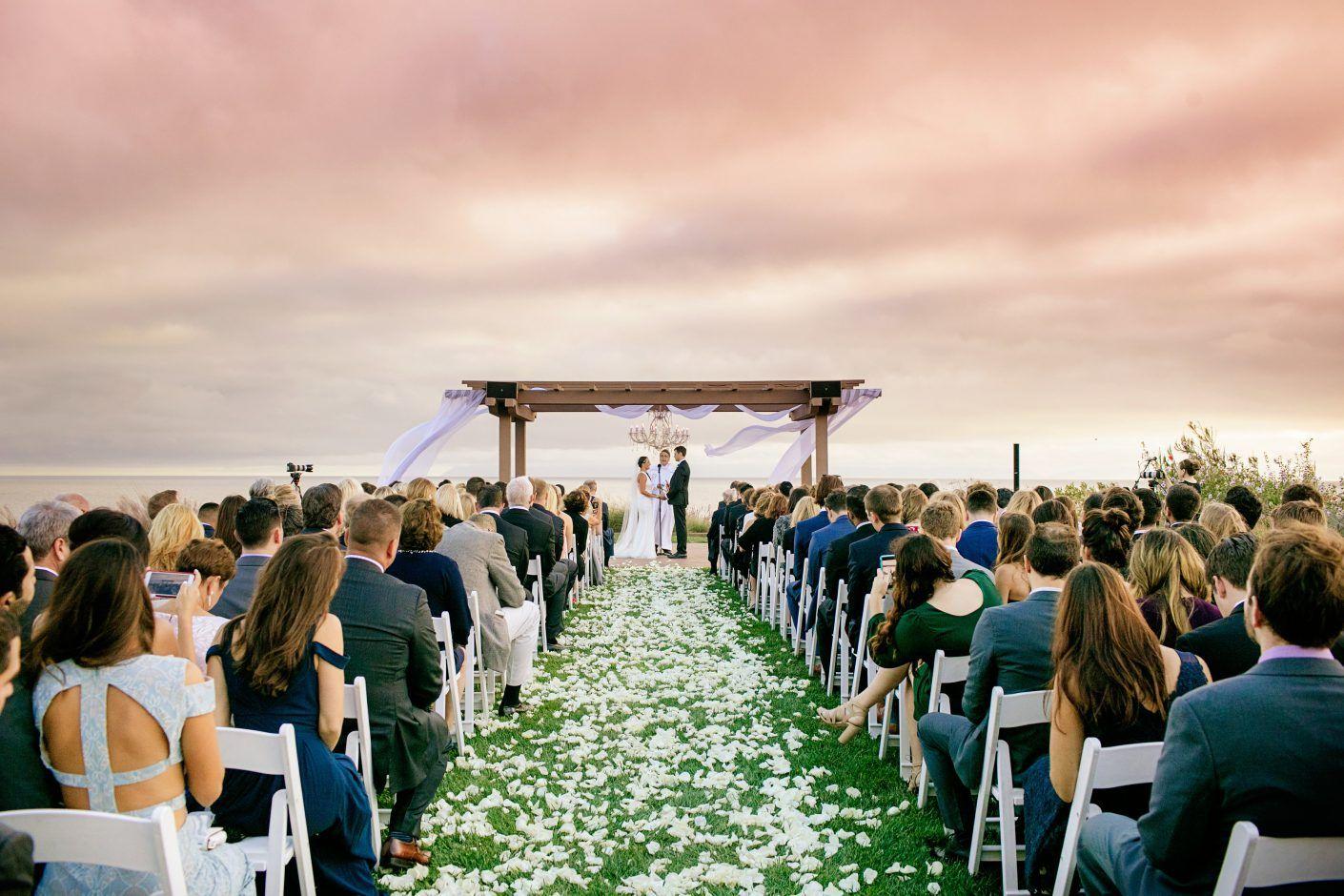 AN INTERTWINED EVENT MODERN MILLENNIAL WEDDING (With