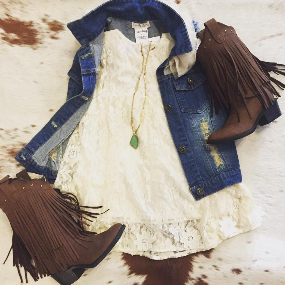 Little girl western outfit  Girl outfits, Toddler cowgirl outfit