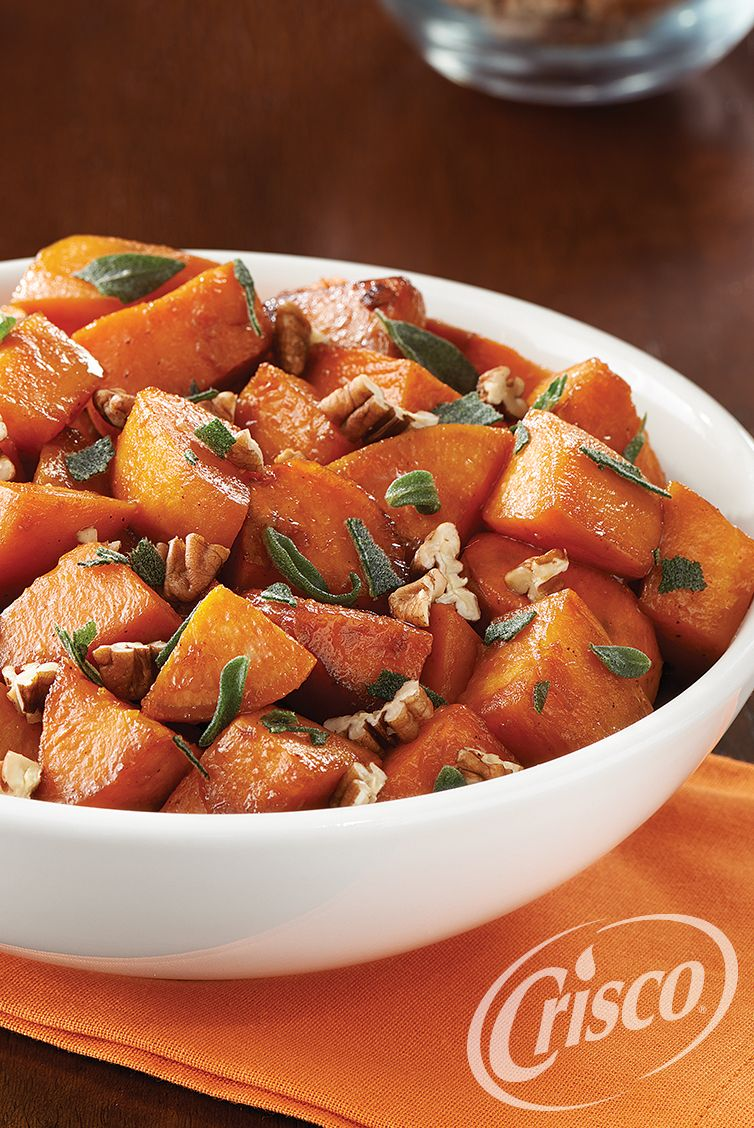 Can the rich, savory sweet potato get any sweeter? The answer is yes—with just a drizzle of molasses and a pinch of fresh, festive spices. #CreativeClassics #Crisco