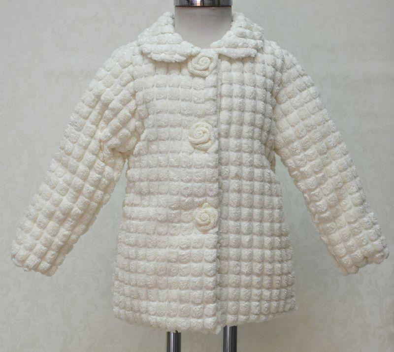 Abrigo de niña pelo beige a cuadros. Varias tallas