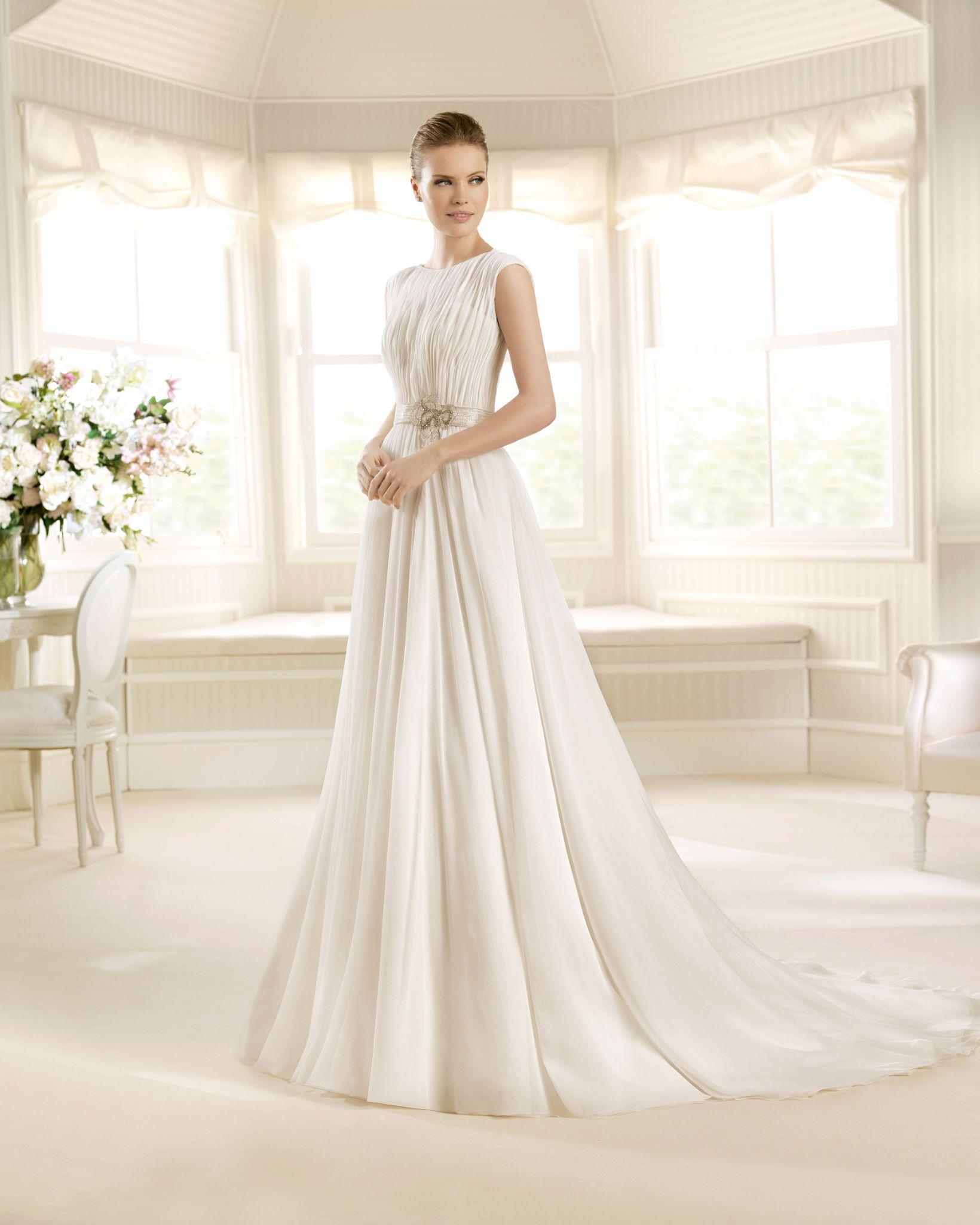 La sposa muralla from bridalgownnet wedding gown designers