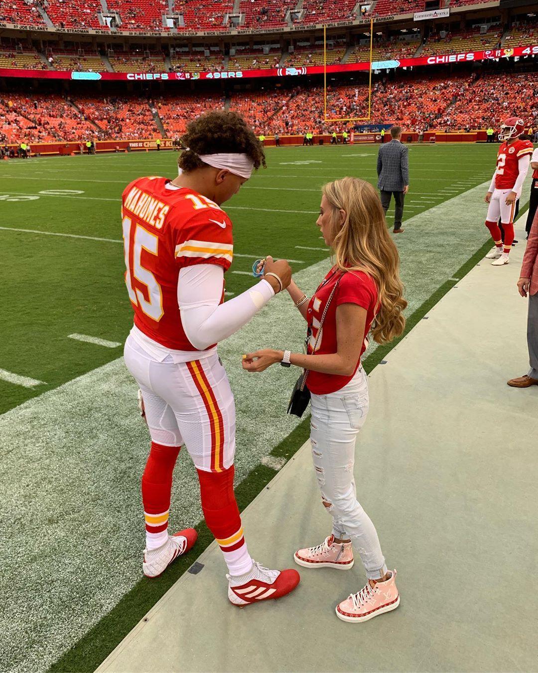 Brittany Matthews On Instagram Pre Game Business Kc Chiefs Football Kansas City Chiefs Football Chiefs Football