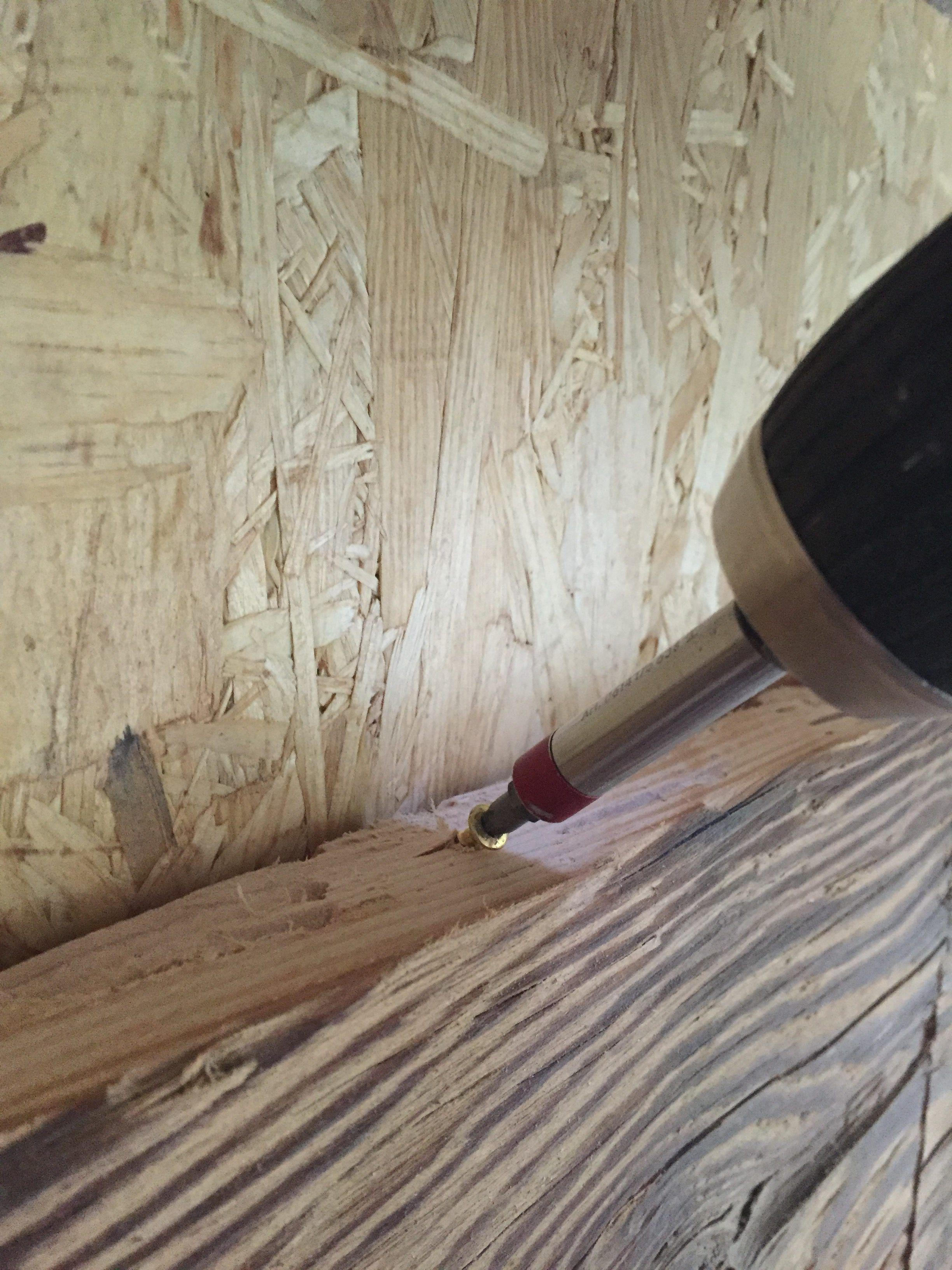 Altholz Bretter Schrag Durch Die Kante Verschrauben Wandverkleidung Altholz Wandverkleidung Wandverkleidung Holz