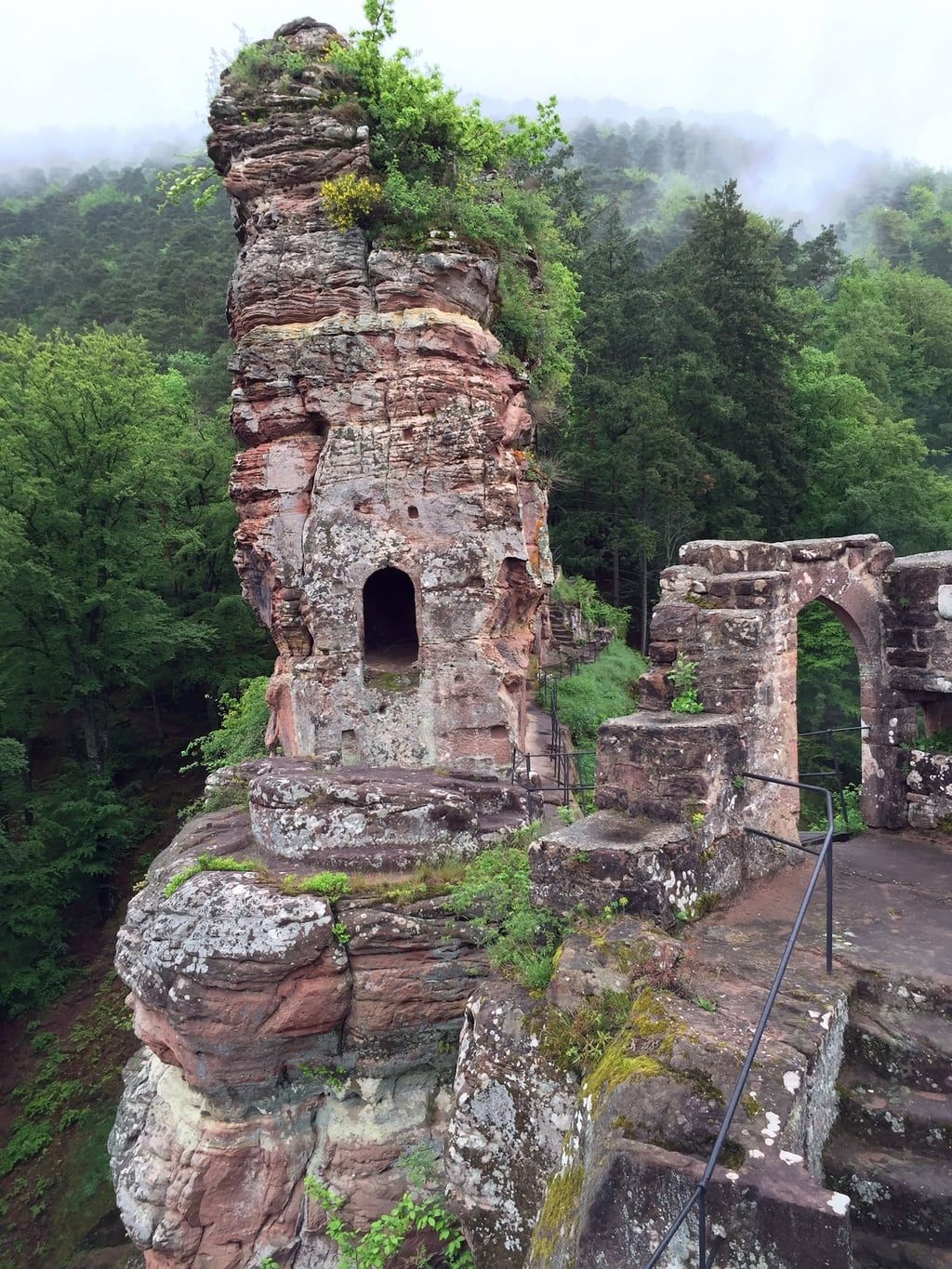 Photo of Hiking in the Southern Palatinate Part I – The Castle Tour