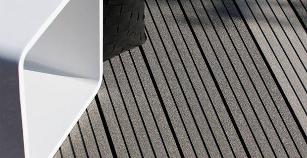 WPC Terrassendielen Holz-Kunststoff Boden ist aus Holz-Kunststoff