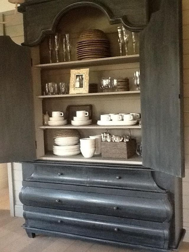 pin by angela turner on clothes shoes bags and more in 2018 pinterest chalk paint. Black Bedroom Furniture Sets. Home Design Ideas
