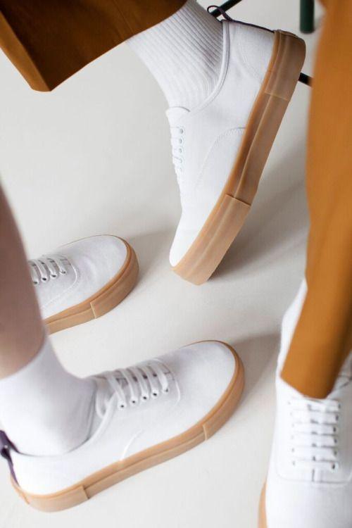 1a876b4cd71 HYPESIDOWN Expensive Shoes