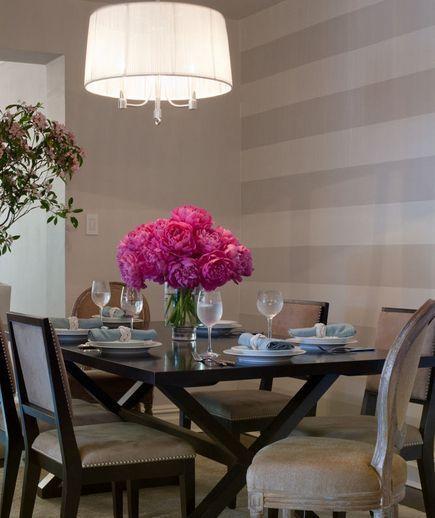 32 Elegant Ideas for Dining Rooms #graystripedwalls two-tone gray stripe wall #graystripedwalls 32 Elegant Ideas for Dining Rooms #graystripedwalls two-tone gray stripe wall #graystripedwalls