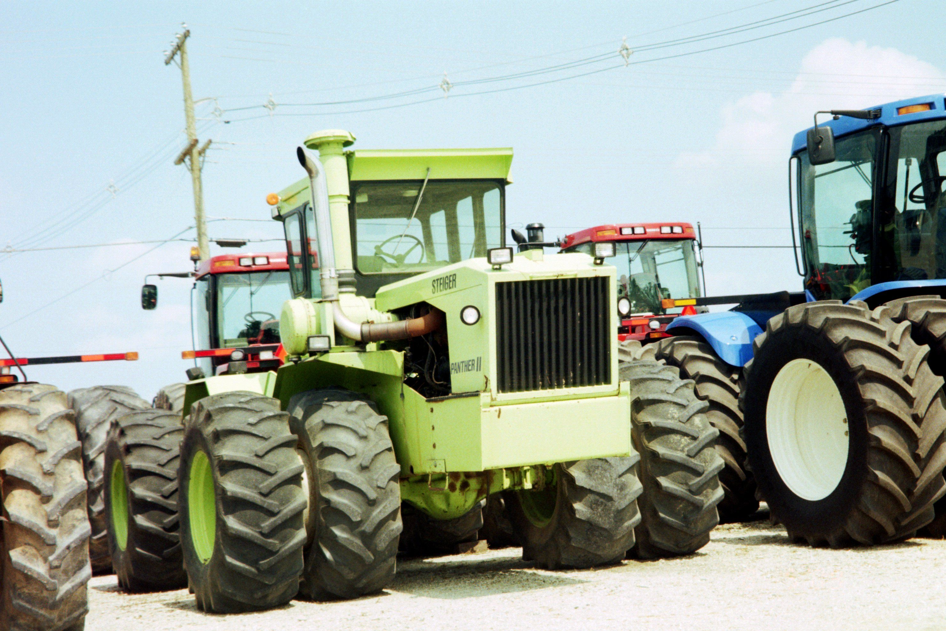 Farm Equipment For Sale In Alberta >> Old Steiger Panther 2 from early 1970s. | Big tractors, Farm trucks, Tractors