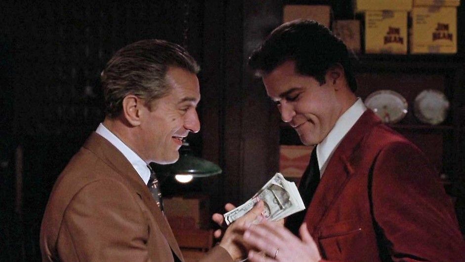 Robert De Niro And Ray Liotta In Goodfellas 1990 Robert De Niro Peliculas De Culto Historia Del Cine
