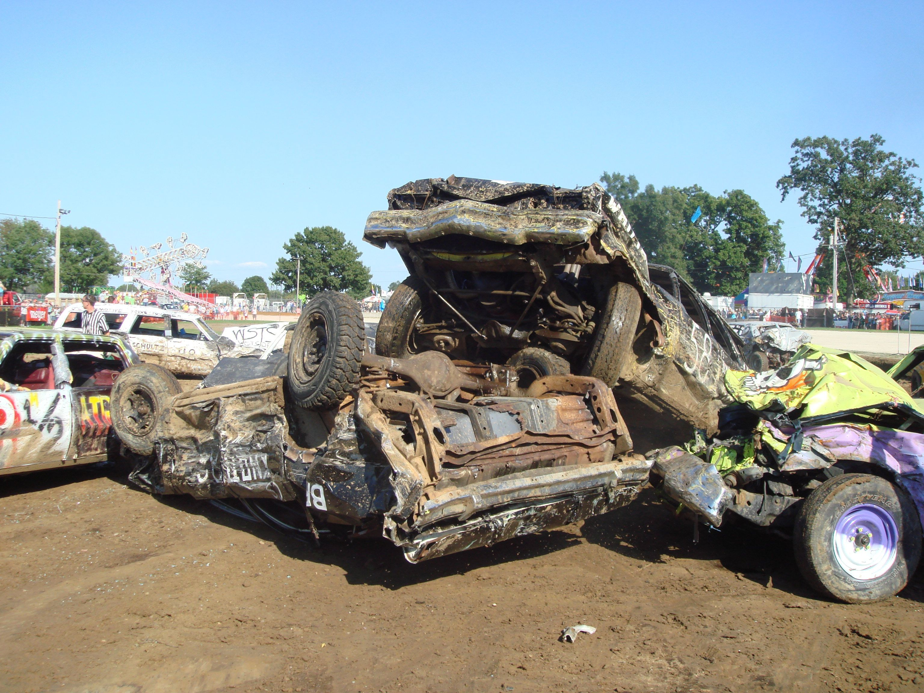 Smashing and crashing cars may 12th demo derby richland center wi get all the
