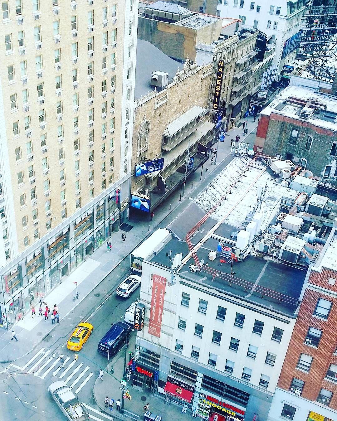 Watching the streets from 19th floor of @ictimessquare #ISeeTimesSquare #ICTimesSquare #roomwithaview #viewfromabove  #hotel #hotelli #newyork #nyc #manhattan #ilovenewyork #travel #matka #reissu (via Instagram)