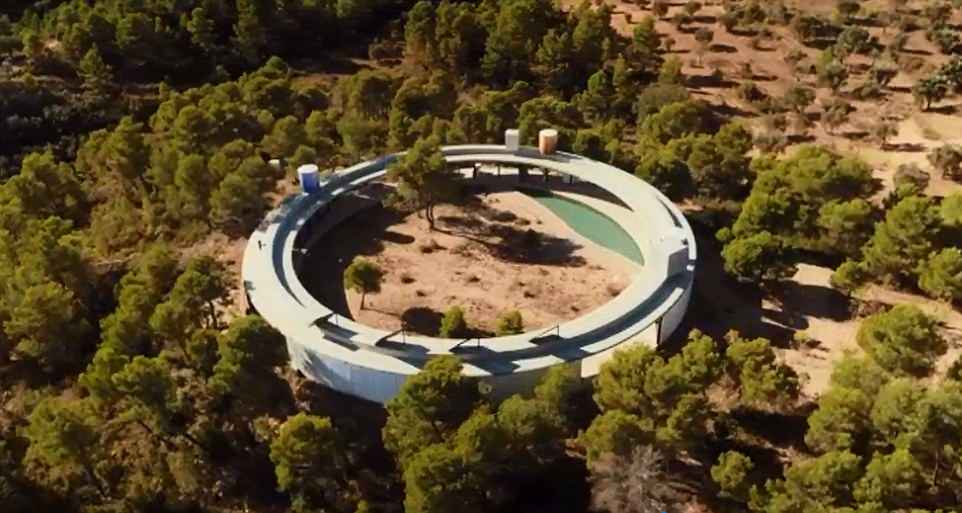 The World S Most Extraordinary Homes Goes To Spain In 2020 Extraordinary Architecture Artists Spain