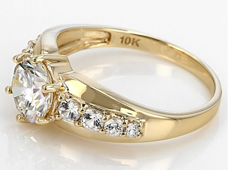 White Fabulite Strontium Titanate And White Zircon 10k Yellow Gold Ring 2 31ctw Yellow Gold Rings Gold Rings Rings
