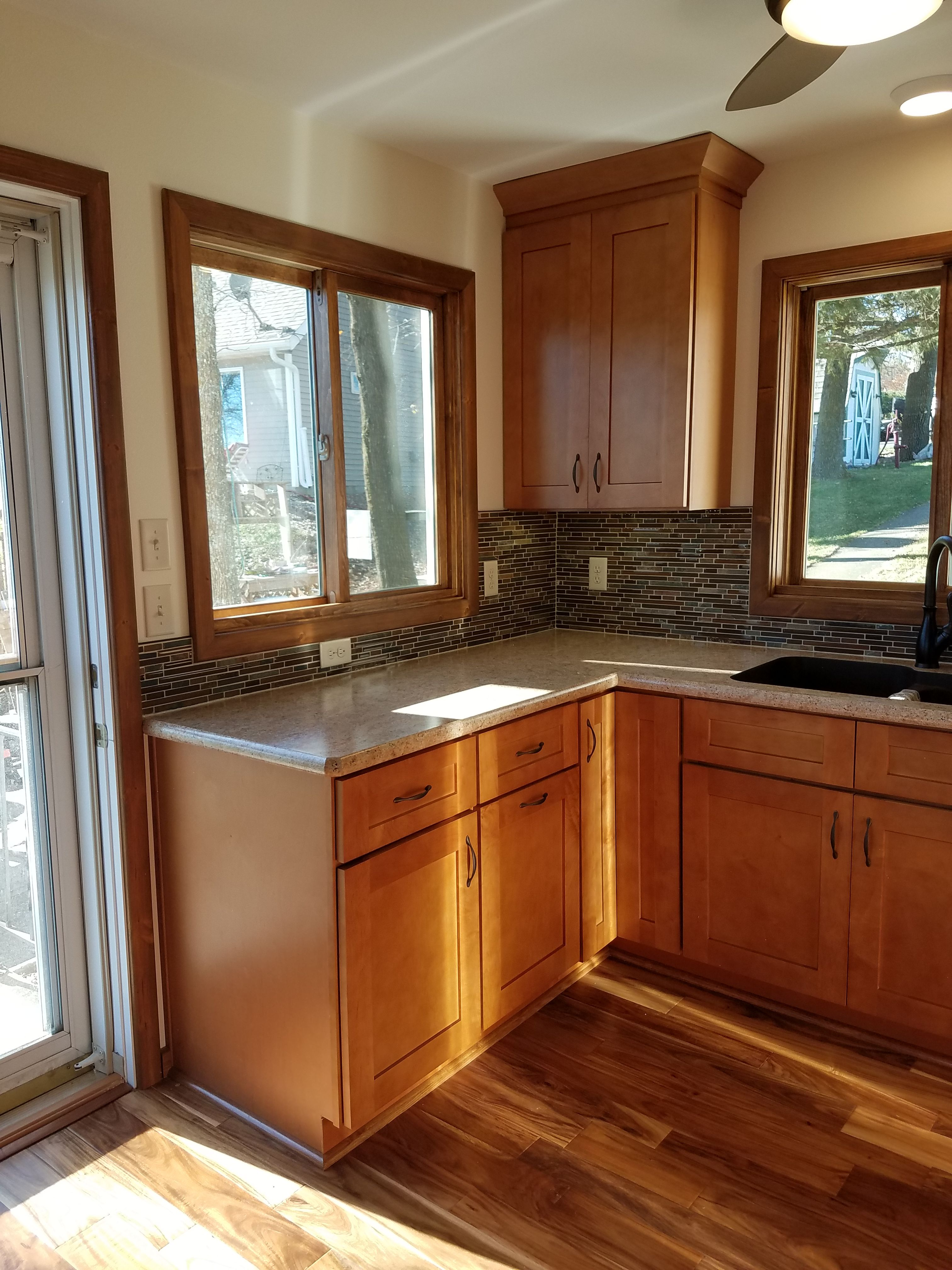 Traditional Kitchen Tops 30mm Essa Stone Torrone Doors Panels Tonsley Shaker Door Colour Laminex Parchment Kitchen Kitchen Tops Traditional Kitchen