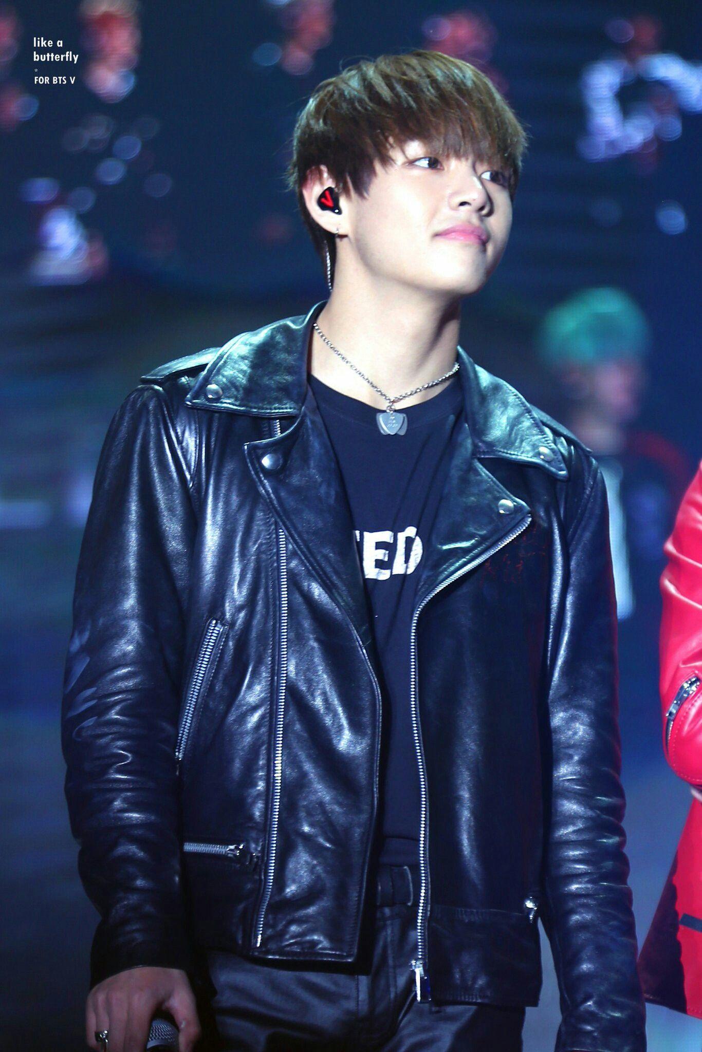 Pin By Lovelyluxy On Kim Taehyun Bts Leather Jacket Trending Photos Jackets [ 2048 x 1366 Pixel ]