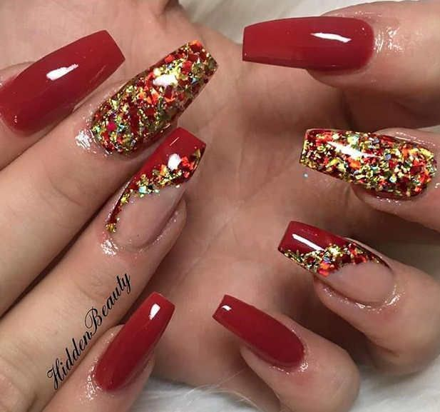 65 Christmas Holiday Coffin Nail Arts In Red And Gold Red Gold Nails Gold Nails Red Nail Designs