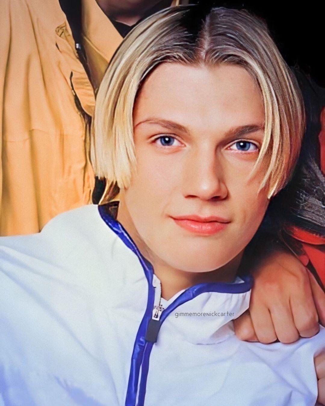 Pin By Kgrande On Nick Carter 90s 3 3 In 2020 Fade Haircut Mens Hair Trends Nick Carter