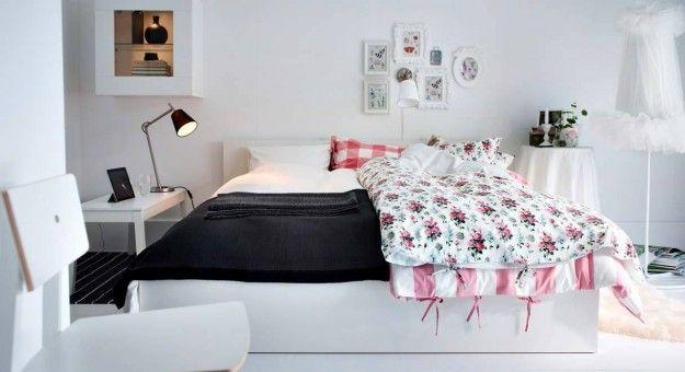 Arredare una camera da letto piccola - Letto nelle tinte chiare per ...