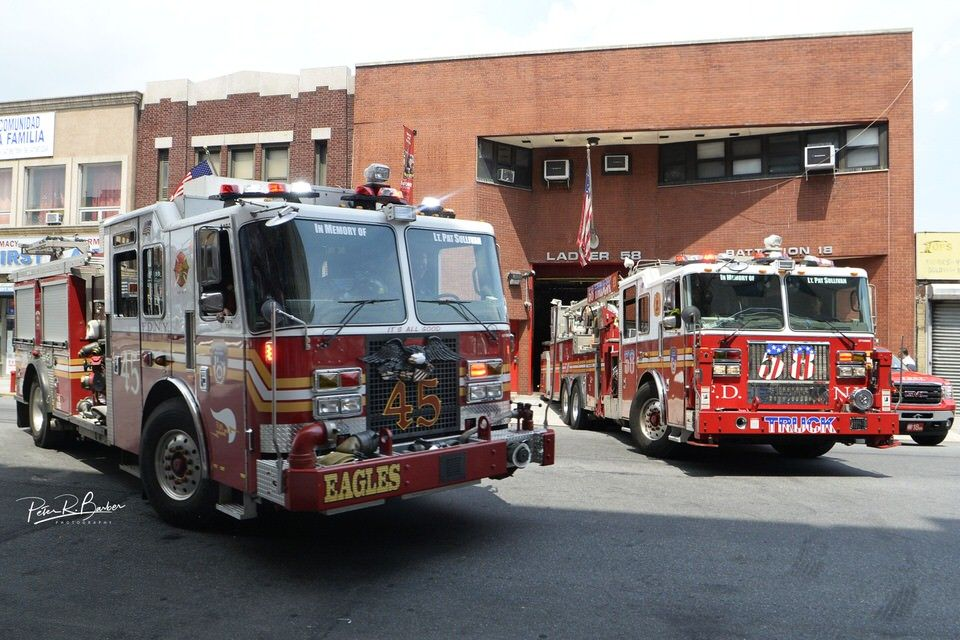 Fdny E45 T58 Bronx With Images Fire Trucks Fdny Fire Rescue