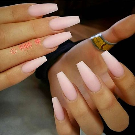 The Prettiest Coffin Nails I Have Seen Thus Far Natural Slender They A Super Wife Looking But Like Slight Lifhtwr Color Variation At Tips