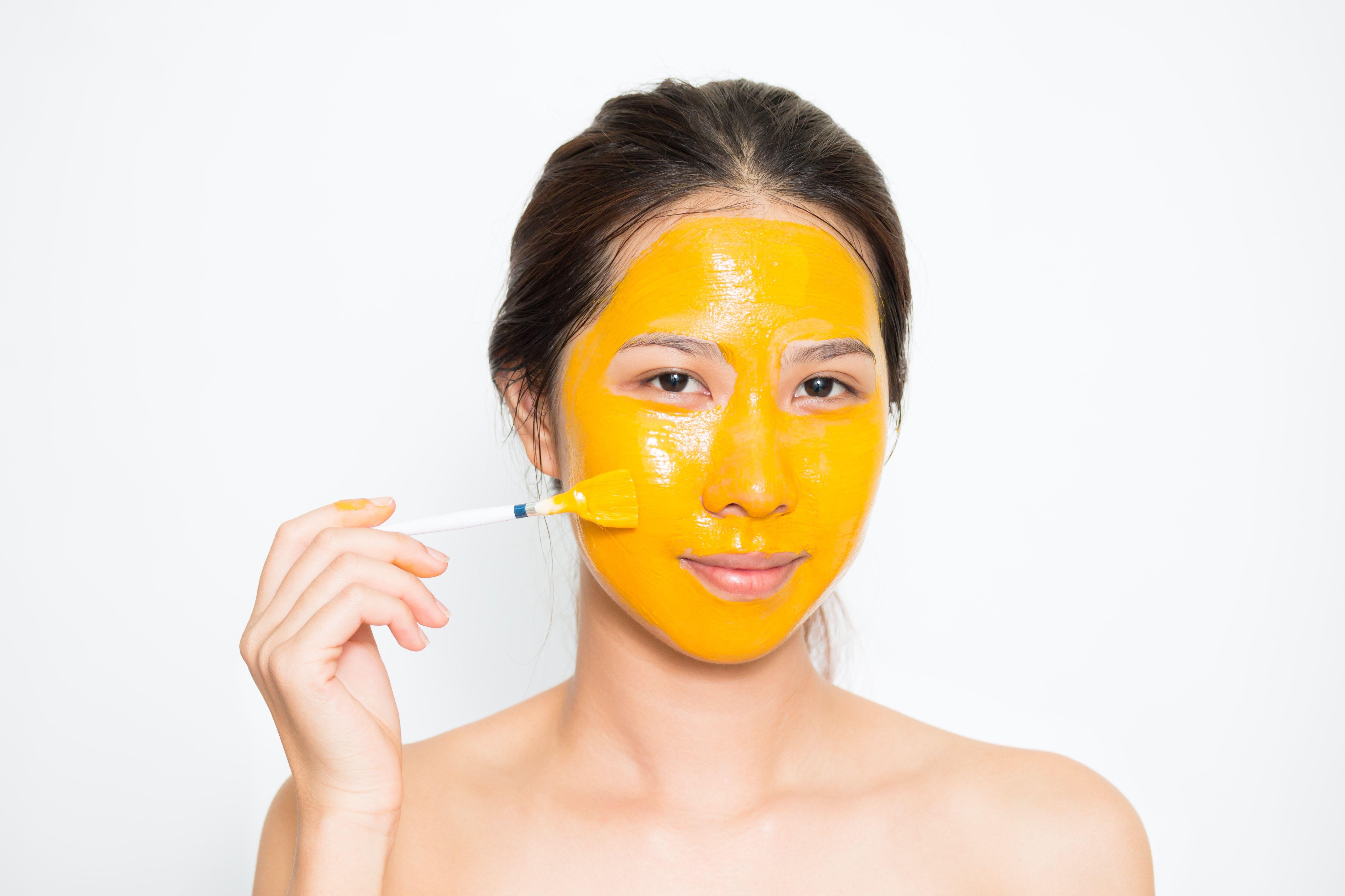 Kurkuma Gesichtsmaske für eine strahlende Haut Kurkuma