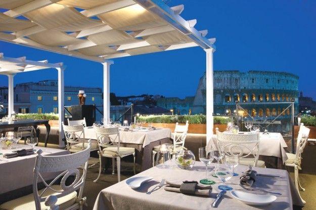 Un Bar Con Terrazza A Roma Tetto Pergolato Terrazza