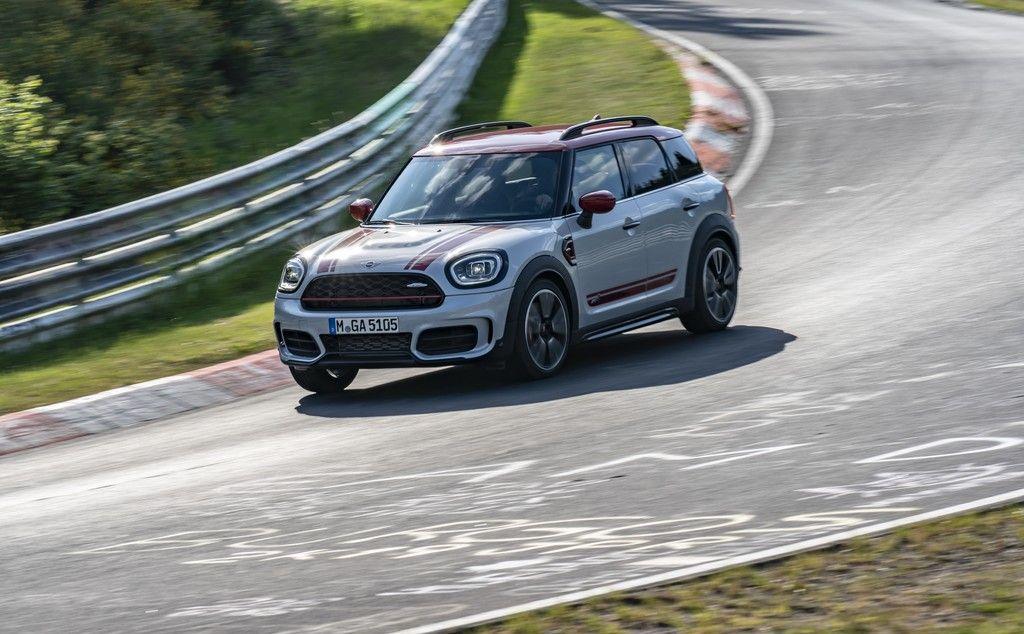 mini countryman jcw 2021 el toque deportivo que todo auto necesita en 2020 mini countryman mini autos pinterest