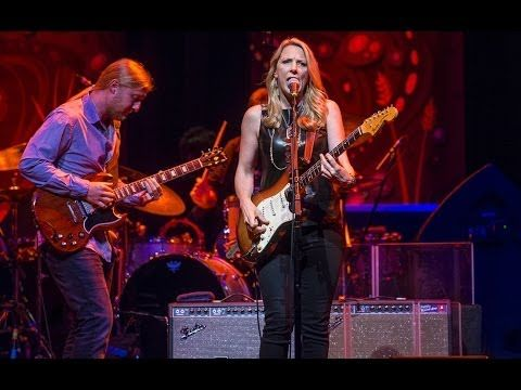 """Tedeschi Trucks Band - The guitarist for both Eric Clapton & The Allman Brothers, Derek Trucks & his wife Susan Tedeschi """"The Sky is Crying"""" @ Royal Albert Hall"""