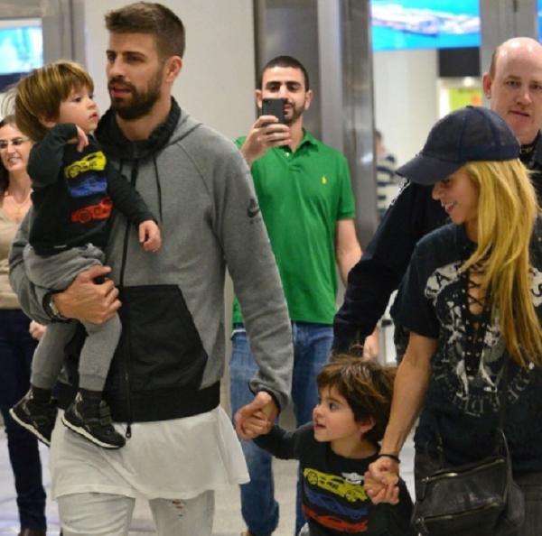 Regresa Shakira al hospital de Barcelona