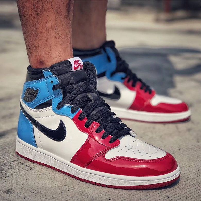 Air Jordan 1 Retro High Og Fearless Features Unc And Chicago In