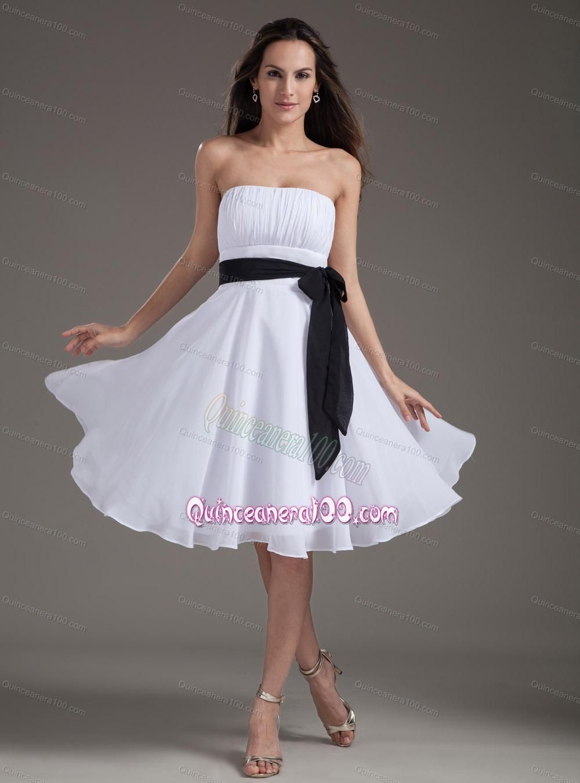 White sash empire strapless kneelength dama dress colorful