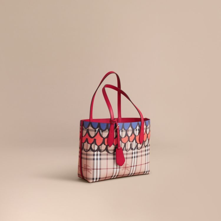 4ee4479668cc The Small Reversible Tote in Trompe L oeil Print