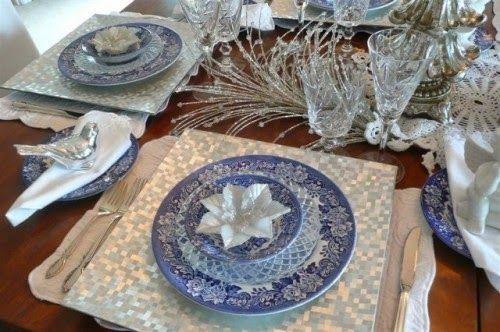 Ina's Place Invitations & Party Supplies: Christmas Table Settings - Ideas de Presentación en la Mesa Navideña