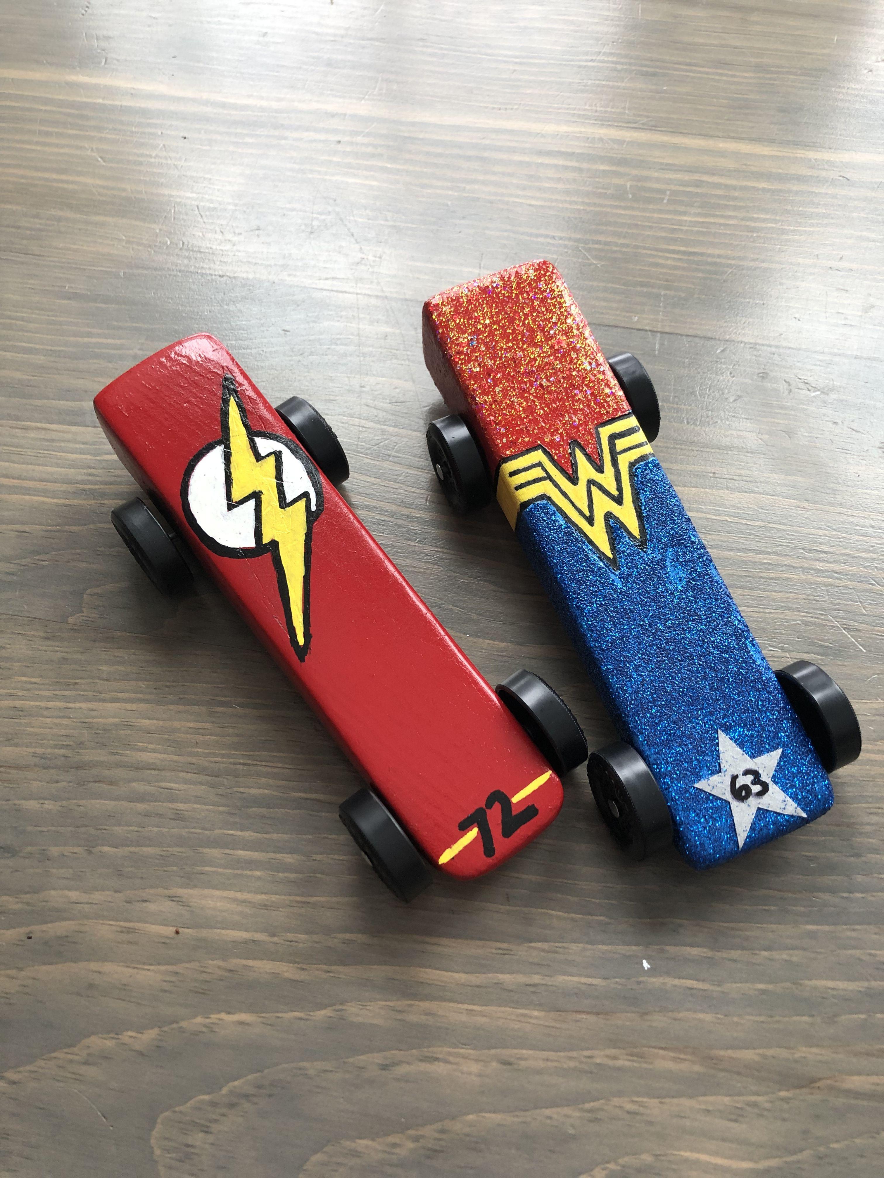 Superhero Derby Cars Wonderwoman And Flash Girl Scouts