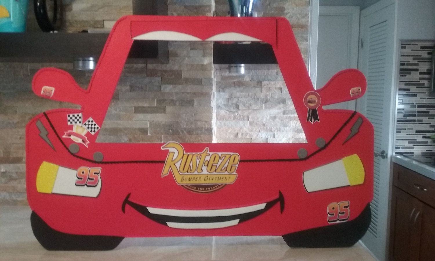 Disney Cars Photo Booth Frame / Ray Mcqueen | Photo booth
