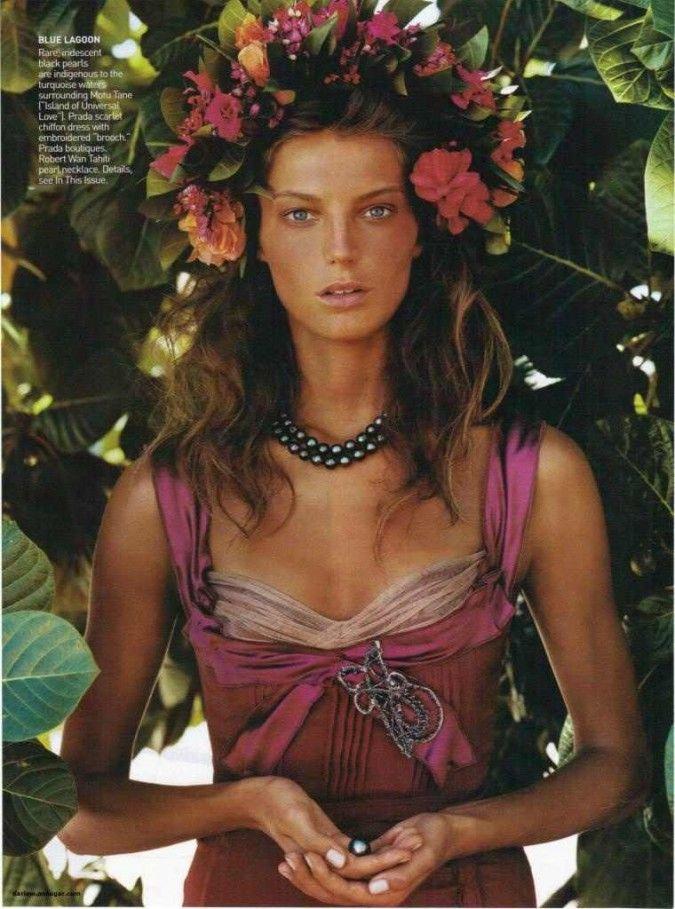 daria vogue 2004 flower crown - Google Search