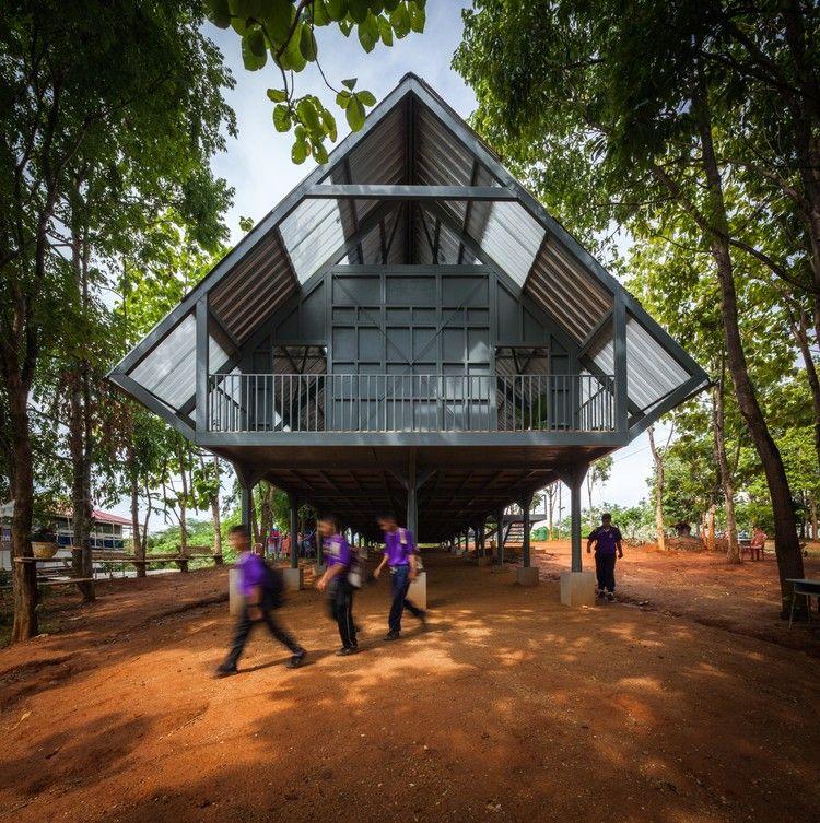 Bann Huay San Yaw- Post Disaster School / Vin Varavarn