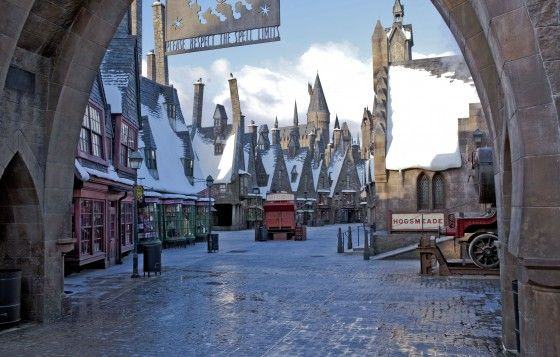 The Real Magic Makers Entertainment Designer Nassal Company Fabricat Harry Potter Universal Studios Harry Potter Theme Park Wizarding World Of Harry Potter