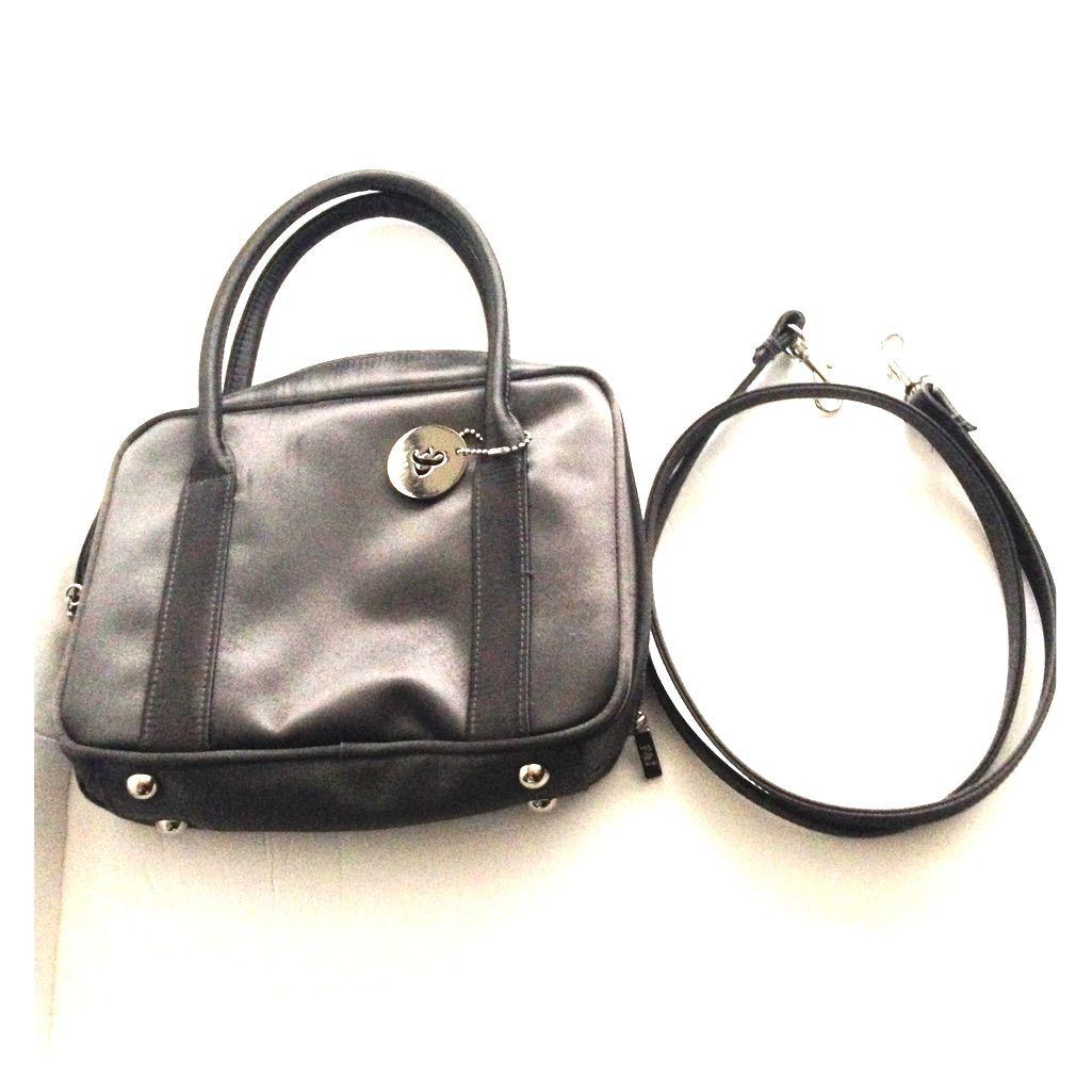 Frankie & Johnnie Gray Handbag Purse