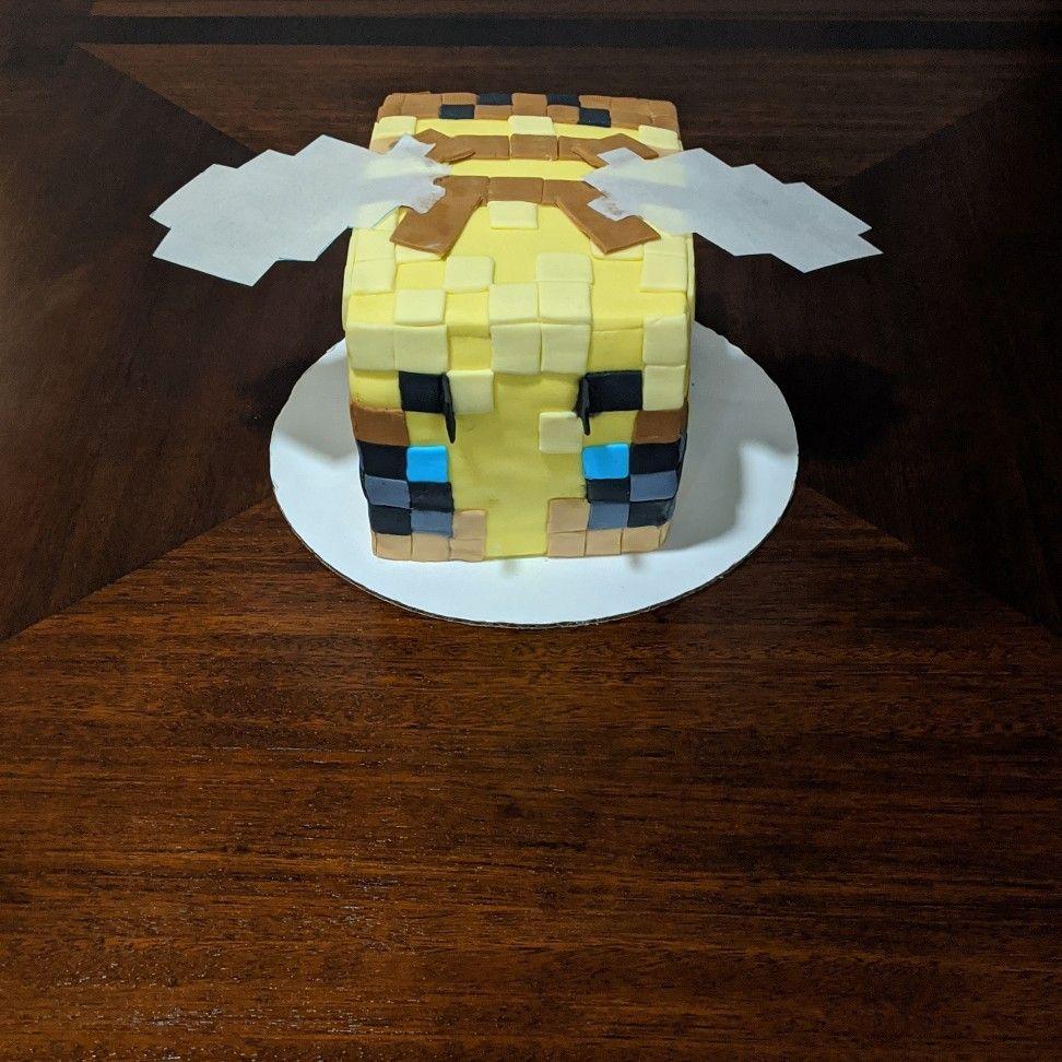 Minecraft bee Cake Desserts Goodies