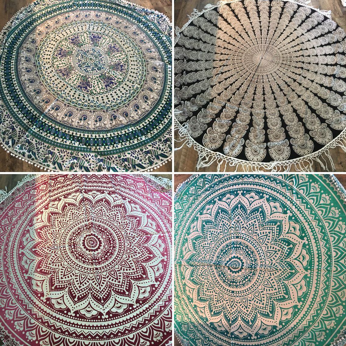 Roundies handmade in India voor yuchijewelsandbags / met pompoentjes of franje's te bestellen via info@yuchi  29,95/34,95